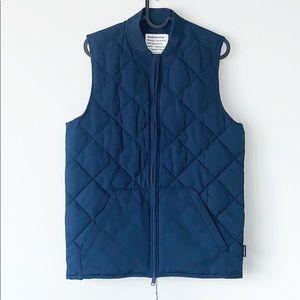 The Skyline Water Repellent Packable Puffer Vest